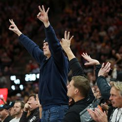 Utah Jazz fans celebrate a 3-point shot from Utah Jazz guard Ricky Rubio (3) during the game against the Cleveland Cavaliers at Vivint Arena in Salt Lake City on Saturday, Dec. 30, 2017.