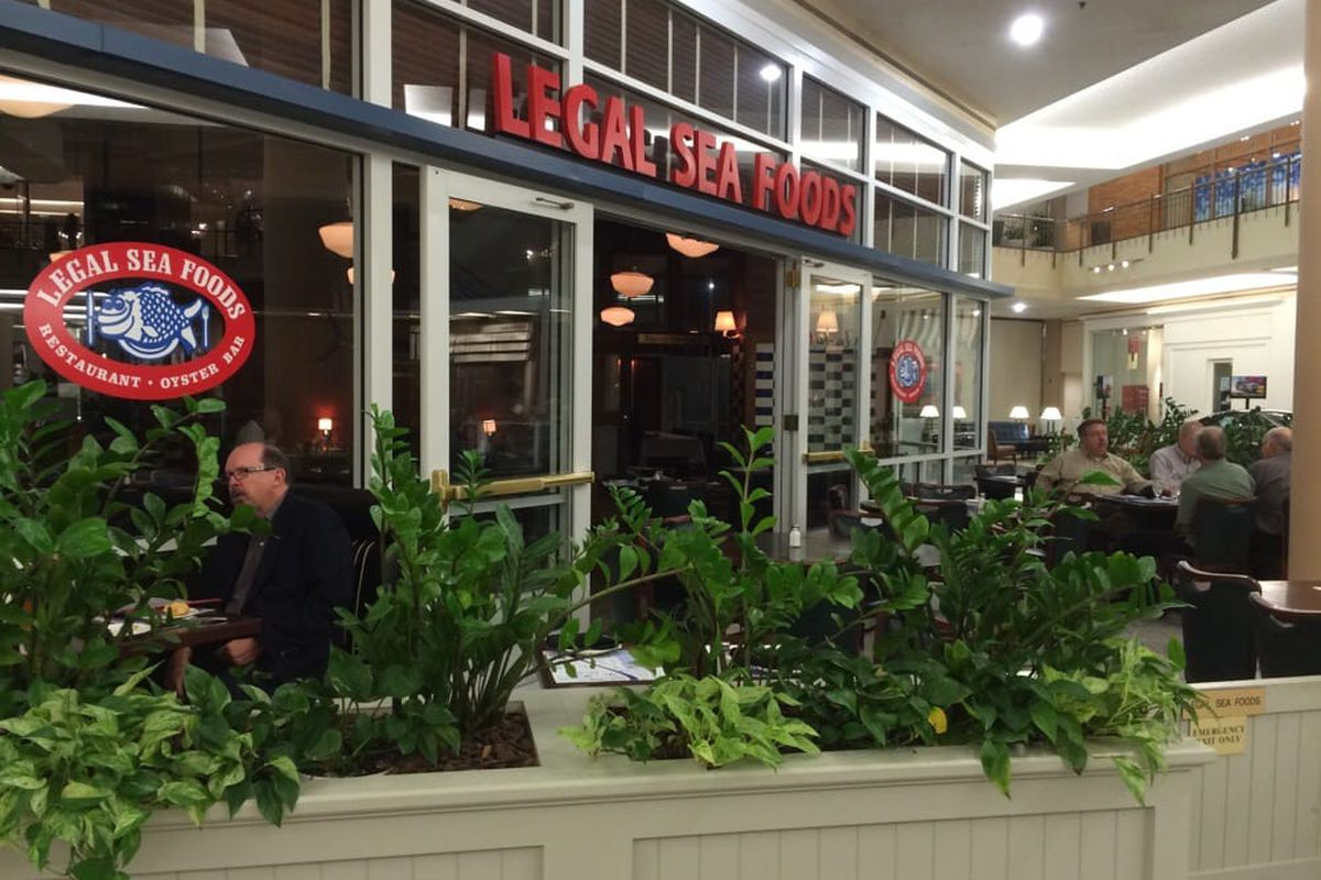 Tysons Corners Legal Sea Foods Will Serve Its Last Lobster Roll