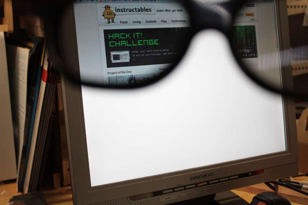 """via <a href=""""http://www.instructables.com/files/deriv/F3G/L20K/GVA8UPTQ/F3GL20KGVA8UPTQ.LARGE.jpg"""">www.instructables.com</a>"""