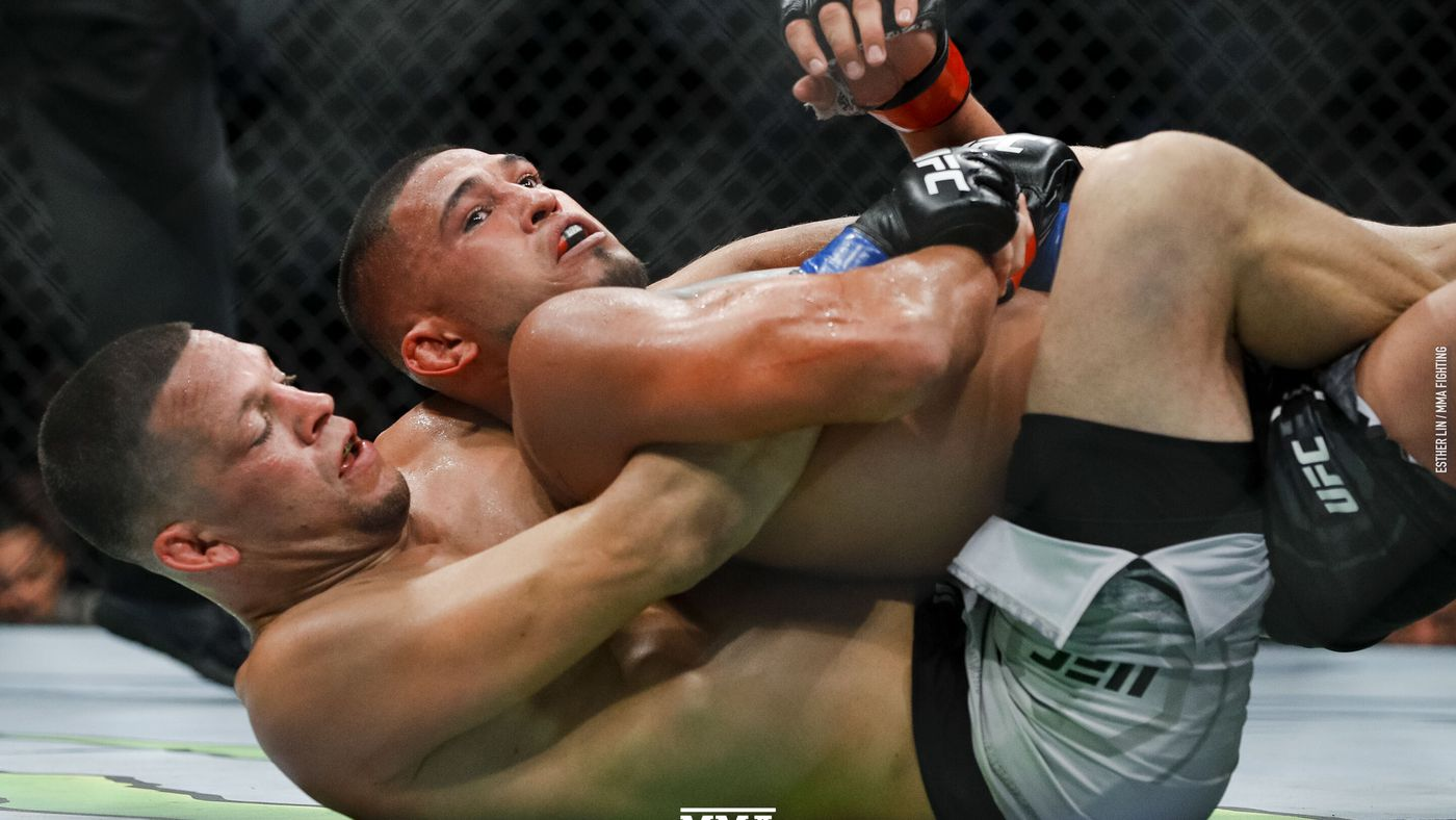 Pettis shares photo of broken foot following UFC 241 loss to Nate Diaz