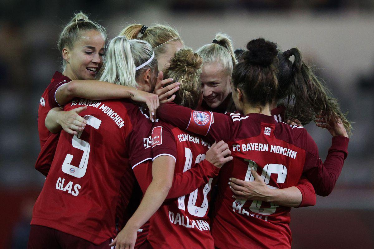 FC Bayern München v TSG 1899 Hoffenheim- Frauen Bundesliga