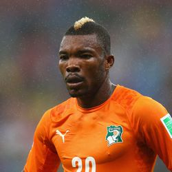 Côte D'Ivoire's <b>Die Serey</b> somehow out-mohawks a legion of soccer players. This is big. This is really big.