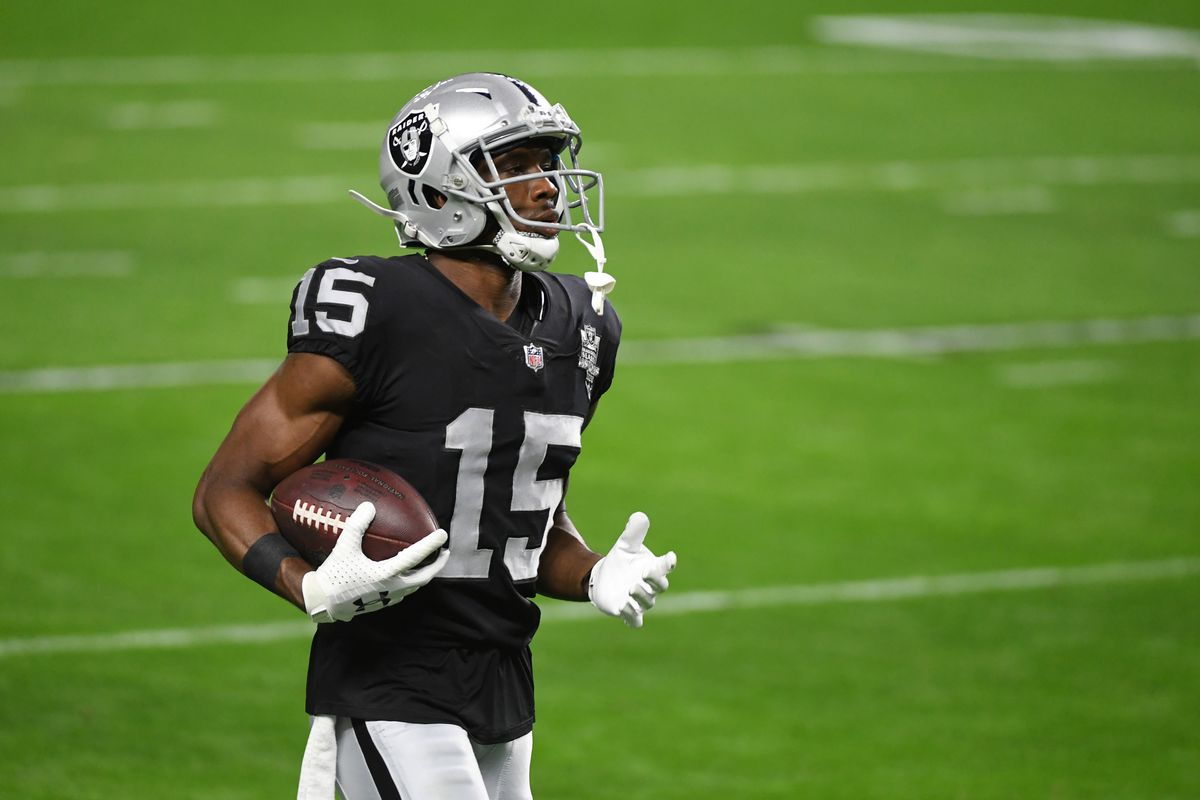 Wide receiver Nelson Agholor #15 of the Las Vegas Raiders warms up before a game against the Los Angeles Chargers at Allegiant Stadium on December 17, 2020 in Las Vegas, Nevada.