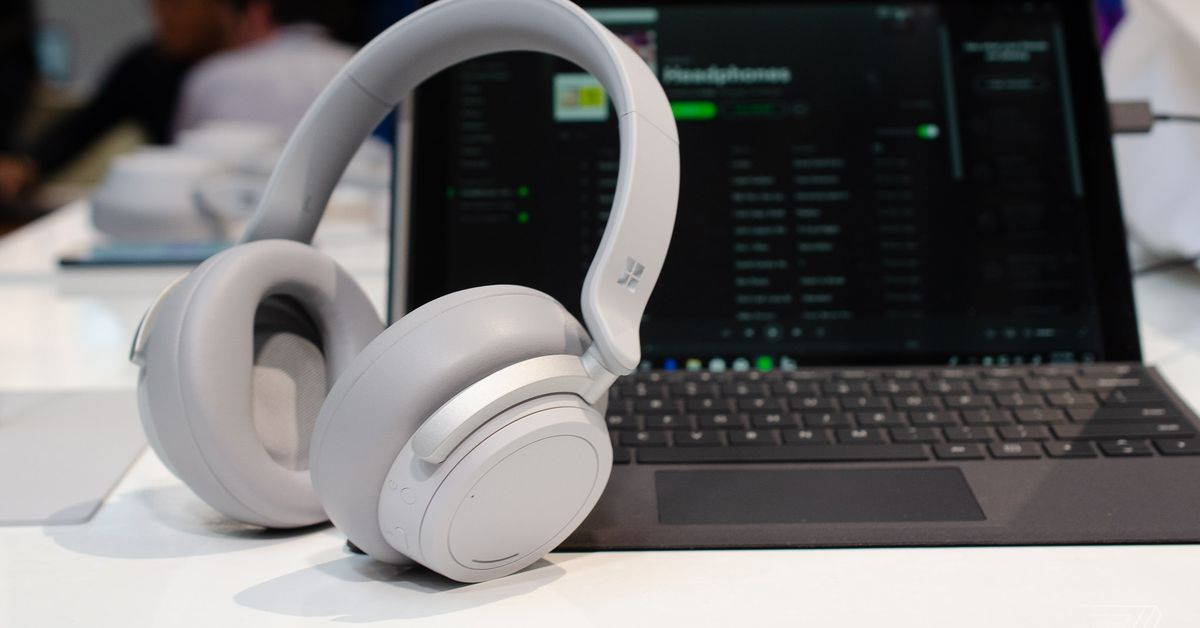Microsoft U2019s New Surface Headphones Launch On November 19th
