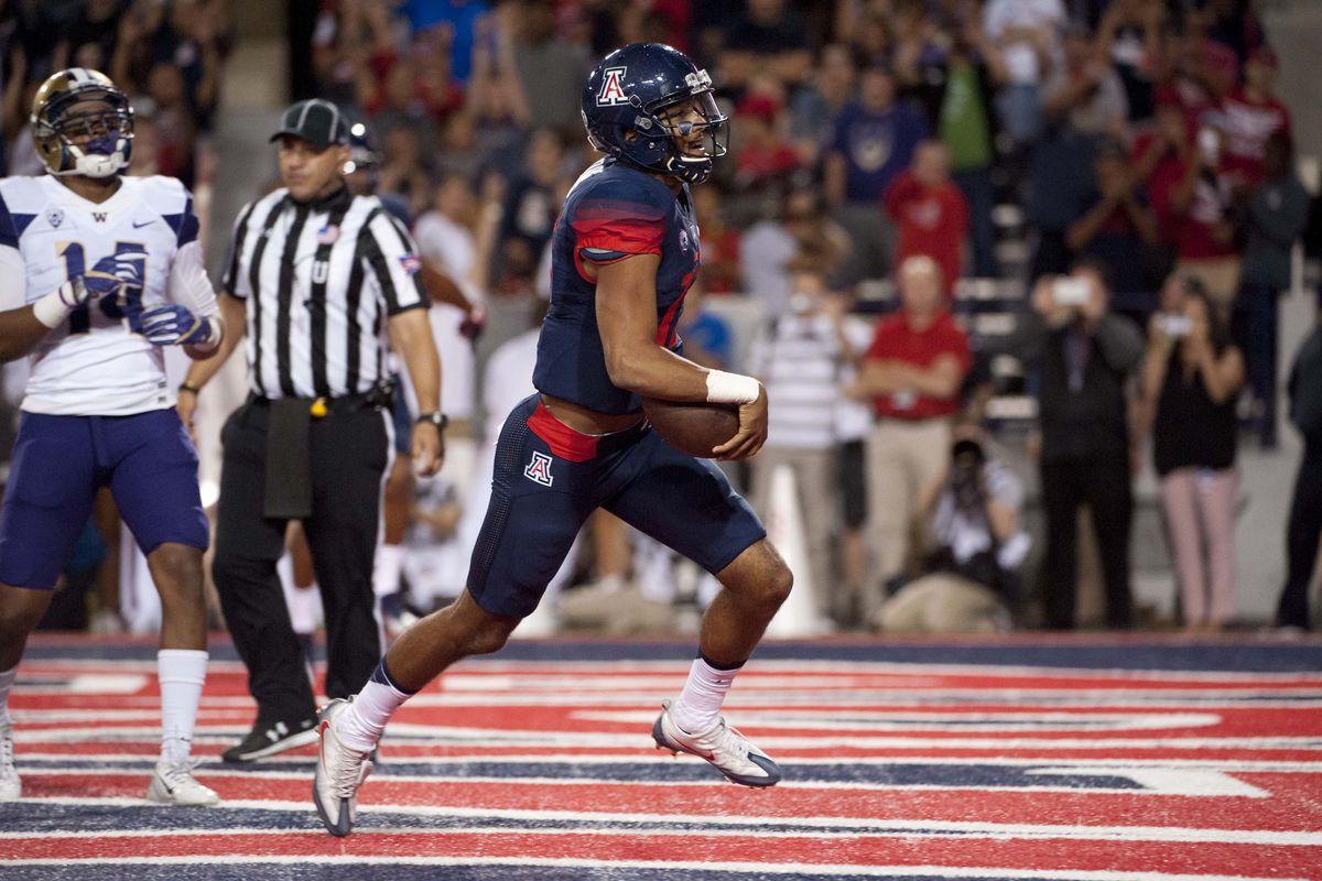 NCAA Football: Washington at Arizona