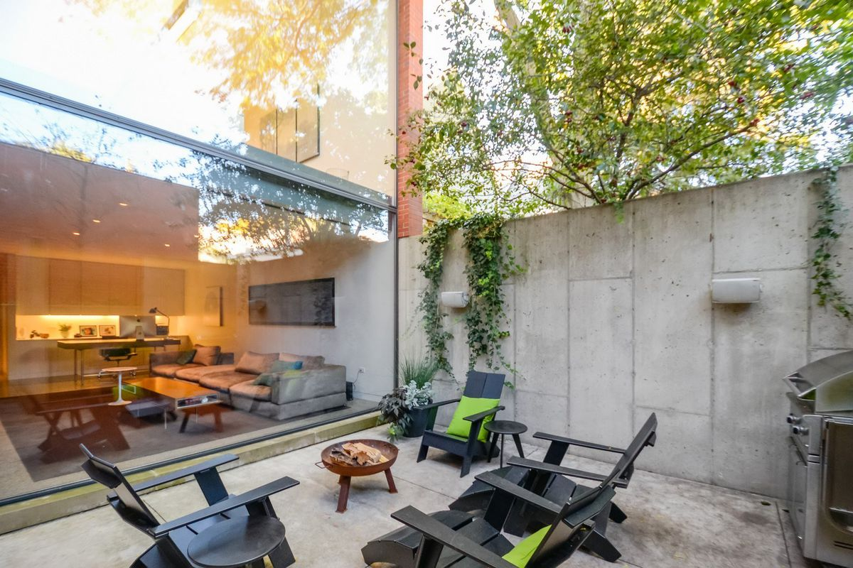 For sale modern north center home of architect brad lynch curbed chicago for Lynch s garden center