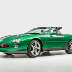 Zao Jaguar XKR, Die Another Day