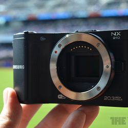 Samsung NX20, NX210, and NX1000: we preview the refreshed
