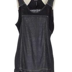 "<a href=""http://www.yoox.com/us/37489809BE/item?dept=women#sts=sr_women80&cod10=37489809BE&sizeId="">Sleeveless T-shirt</a>, $98 (was $158)"