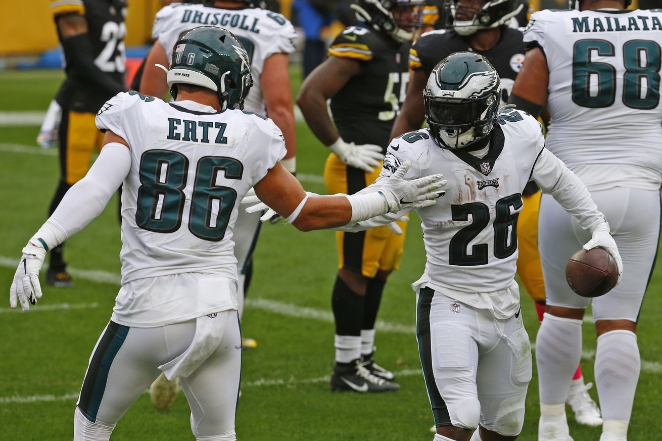 Philadelphia Eagles v Pittsburgh Steelers