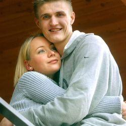 Former Utah Jazz player Andrei Kirilenko and wife, Masha Kirilenko, at their Salt Lake home on Nov. 21, 2001. The couple now lives in New York City, but they maintain their home in Salt Lake City and frequently visit. Their Utah home was burglarized over the weekend.