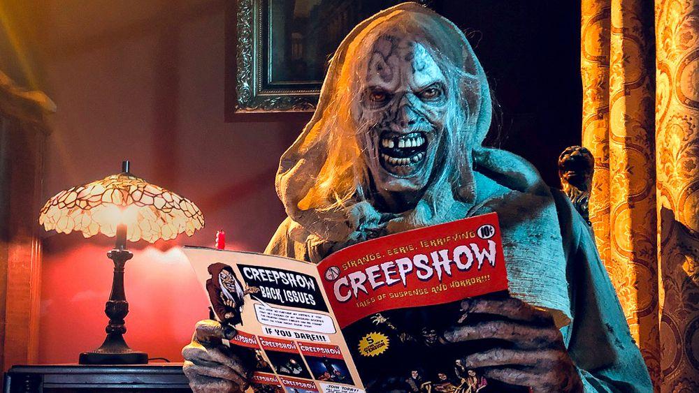 Creeper from Creepshow reads Creepshow magazine