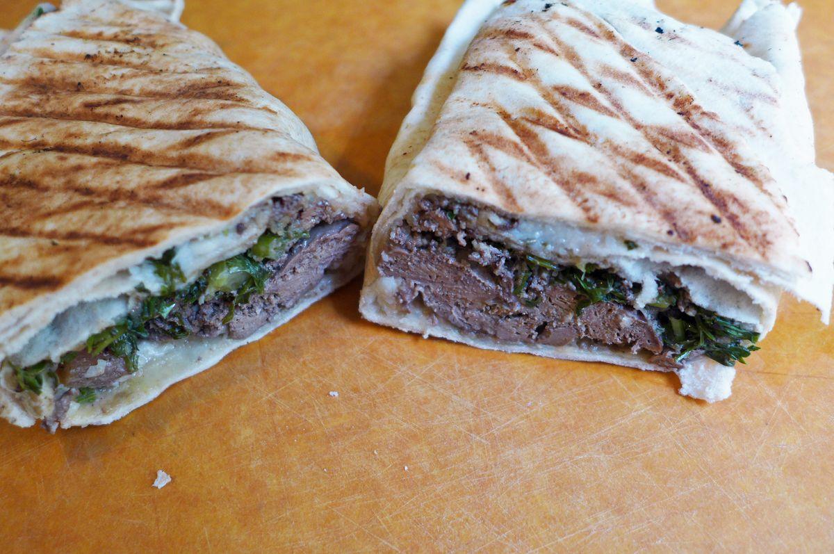 Chicken liver sandwich