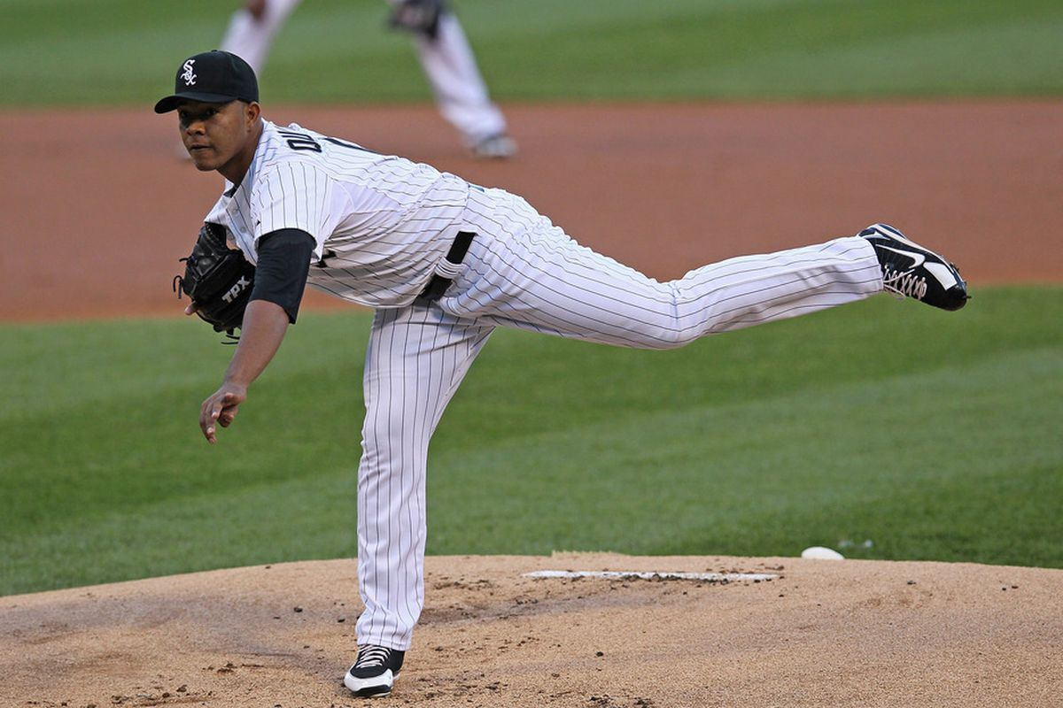 CHICAGO, IL - JUNE 06: Starting pitcher Jose Quintana #62 of the Chicago White Sox delivers the ball against the Toronto Blue Jays at U.S. Cellular Field on June 6, 2012 in Chicago, Illinois. (Photo by Jonathan Daniel/Getty Images)