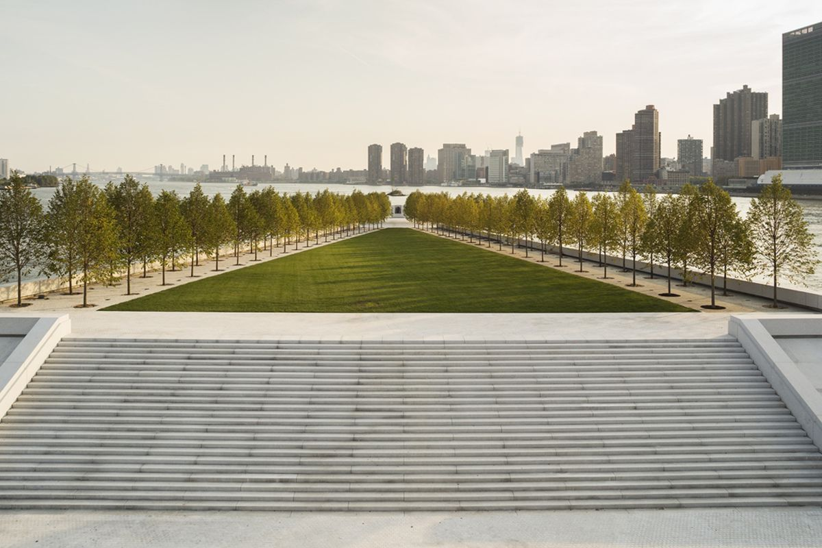 What Is A Class Action Lawsuit >> Roosevelt Island's Four Freedoms Park at the center of lawsuit over accessibility - Curbed NY