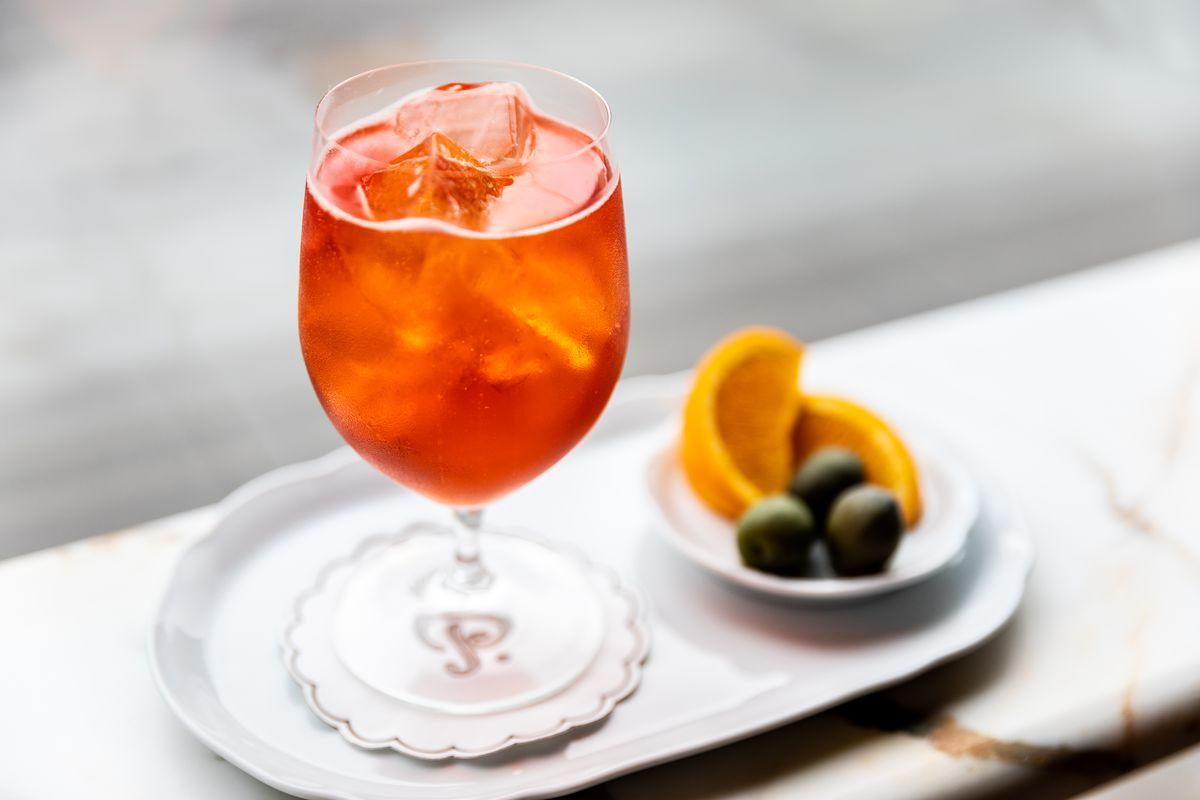 Aperol spritz at Bar Pisellino