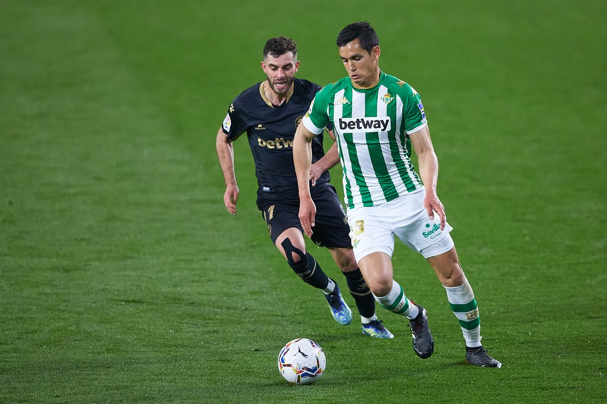 Real Betis v Deportivo Alavés - La Liga Santander