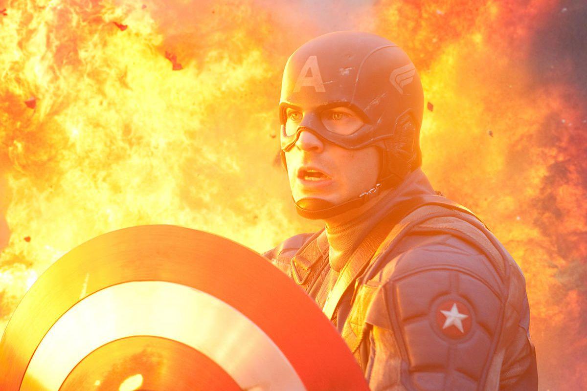 Chris Evans plays Captain America.