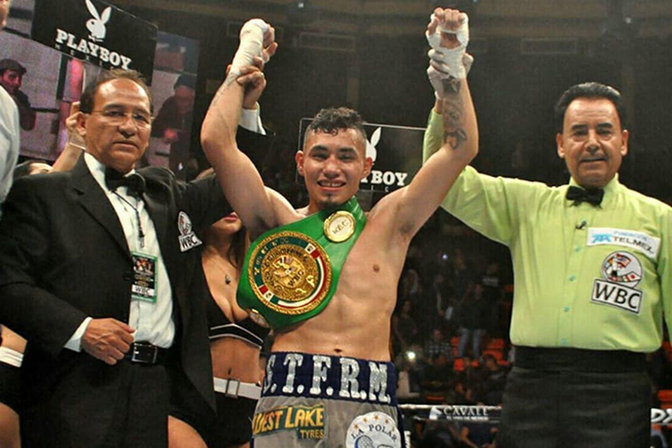 rockyhernandez.0 - Rocky Hernandez signs deal with Golden Boy