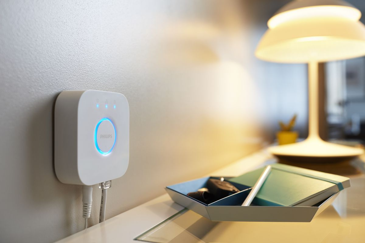 Philips Hue Adds Siri Voice Control With New Hub The Verge