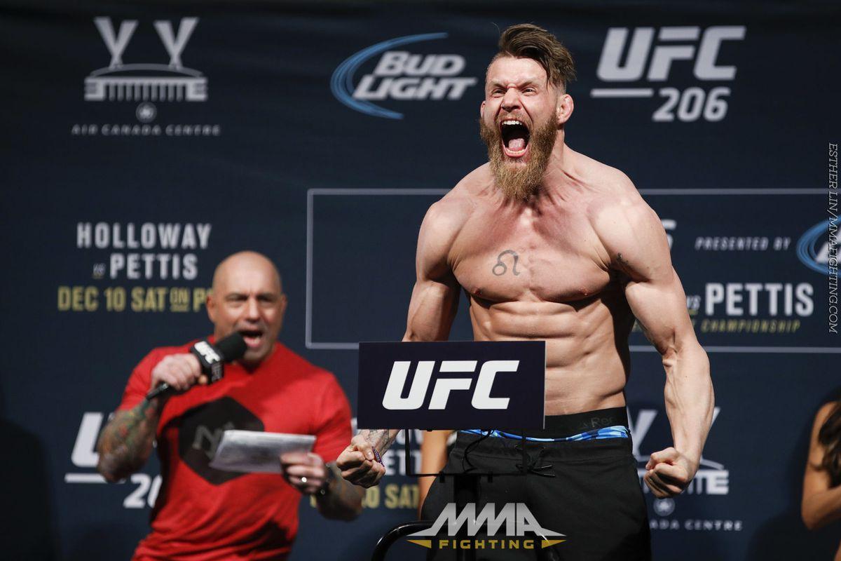 UFC 206 Weigh-in Photos
