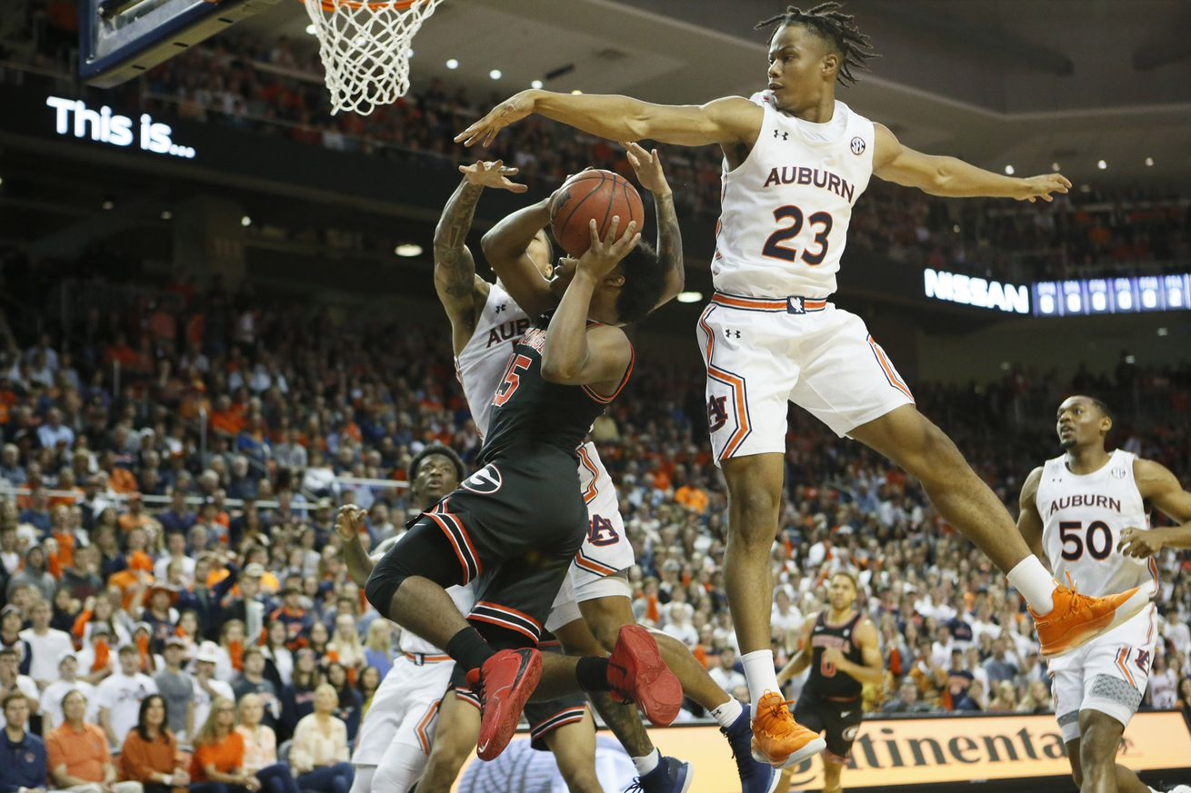 NCAA Basketball: Georgia at Auburn