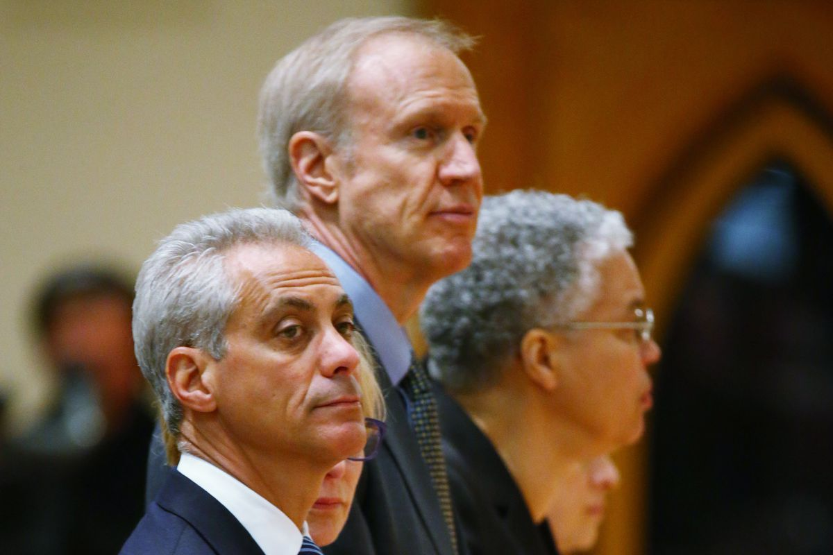 IL Gov. Bruce Rauner signed the happy hour bill which may help Chicago's restaurants.