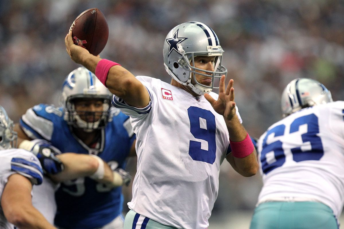 ARLINGTON, TX - OCTOBER 02:  Tony Romo #9 of the Dallas Cowboys passes the ball against the Detroit Lions during the second half at Cowboys Stadium on October 2, 2011 in Arlington, Texas.  (Photo by Ronald Martinez/Getty Images)