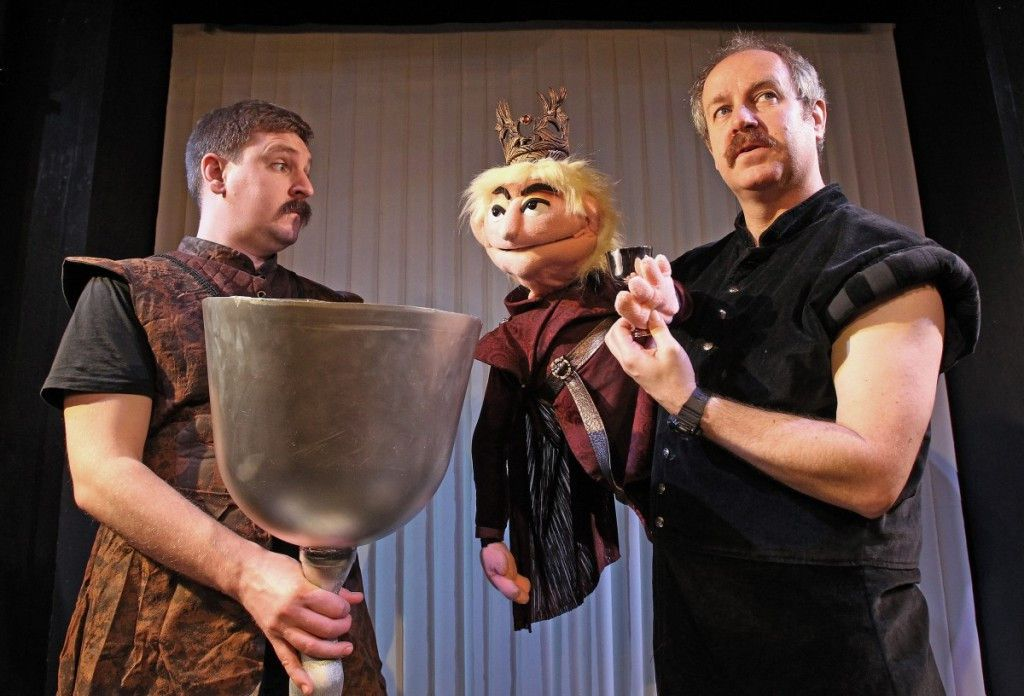 """Graeme as Tyrion with King Joffrey and Paul in a scene from the comedic parody """"Graeme of Thrones,"""" which opens in Chicago this fall. 2016   Marilyn Kingwill"""
