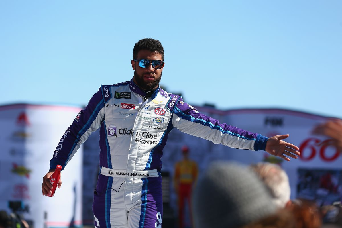 Wallace caps Daytona week with emotional second place