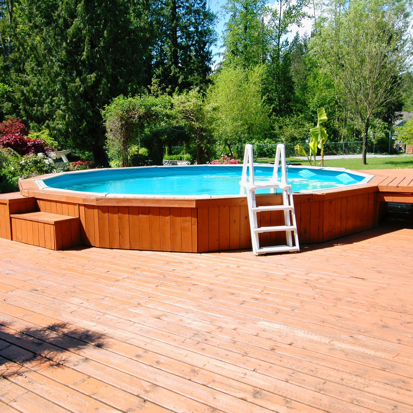 What To Know Before Building A Deck Around Your Above Ground Pool