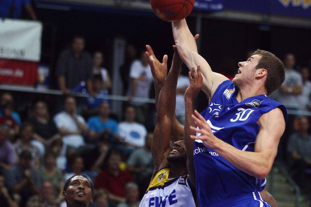 After a 13-game run with Fraport Skyliners in Frankfurt, Germany, Jon Leuer is taking his talents back to Wisconsin. How did he play while overseas?