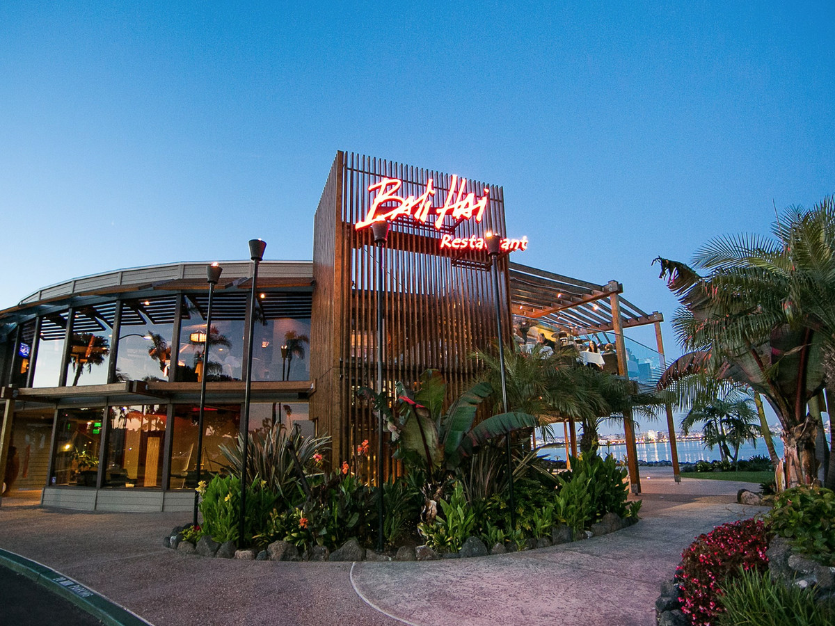 22 Classic San Diego Restaurants And Bars Eater San Diego
