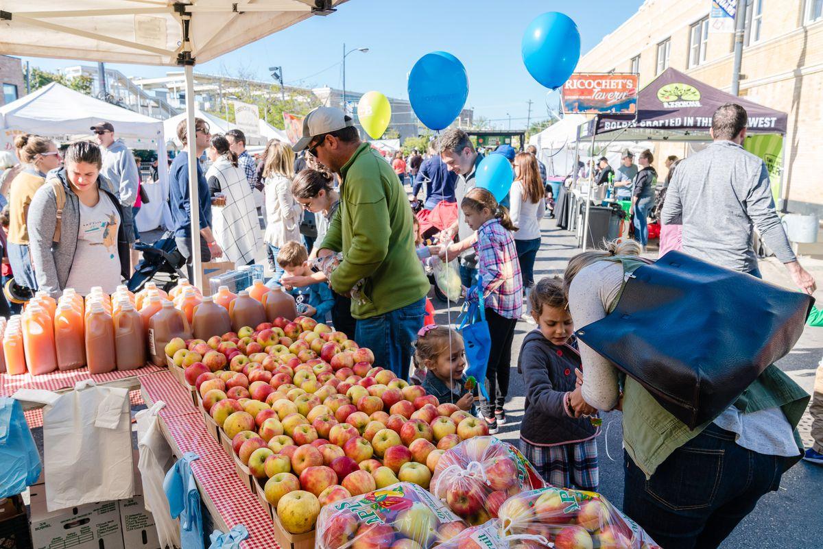 Apple Fest in Lincoln Square. | Photo courtesy of Dan Kasberger