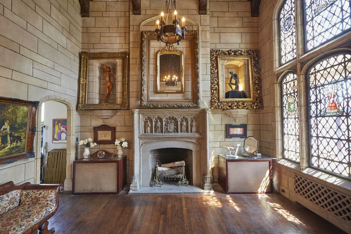 Gramercy Park S Ornate Medieval Lair Gets Yet Another