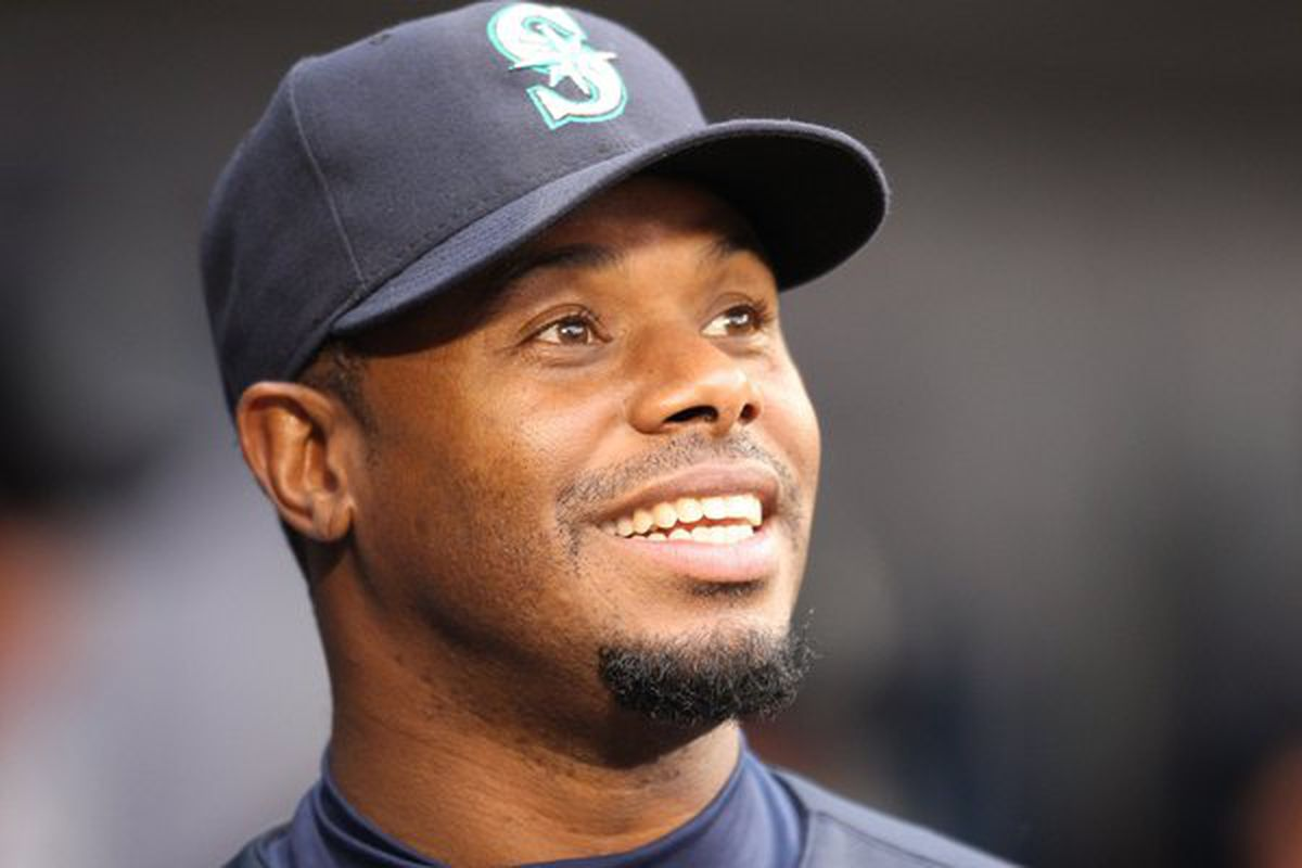 """Ken Griffey Jr. knew what he was doing on pitches in the """"lefty strike"""" area."""