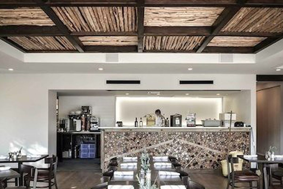 """<a href=""""http://www.houstonrestaurantweeks.com/restaurants/60-degrees-mastercrafted/"""">60 Degrees is in</a>"""