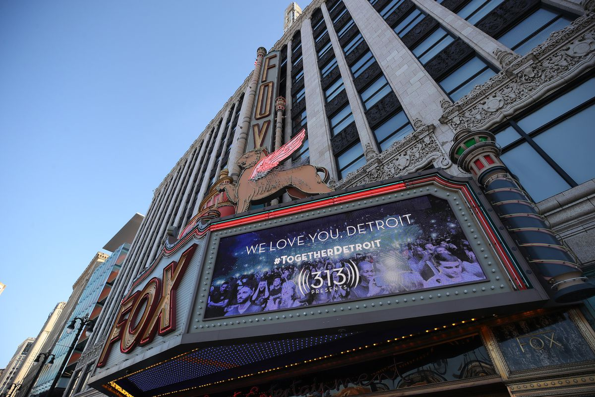"""A sign on the marquee of the Fox Theatre that reads """"We Love You Detroit."""""""