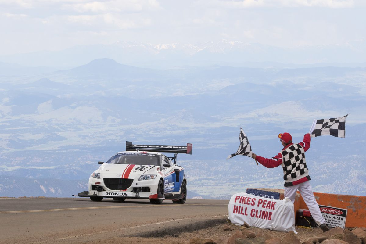 Honda Took A Crazy Electric Cr Z To Pikes Peak And Won