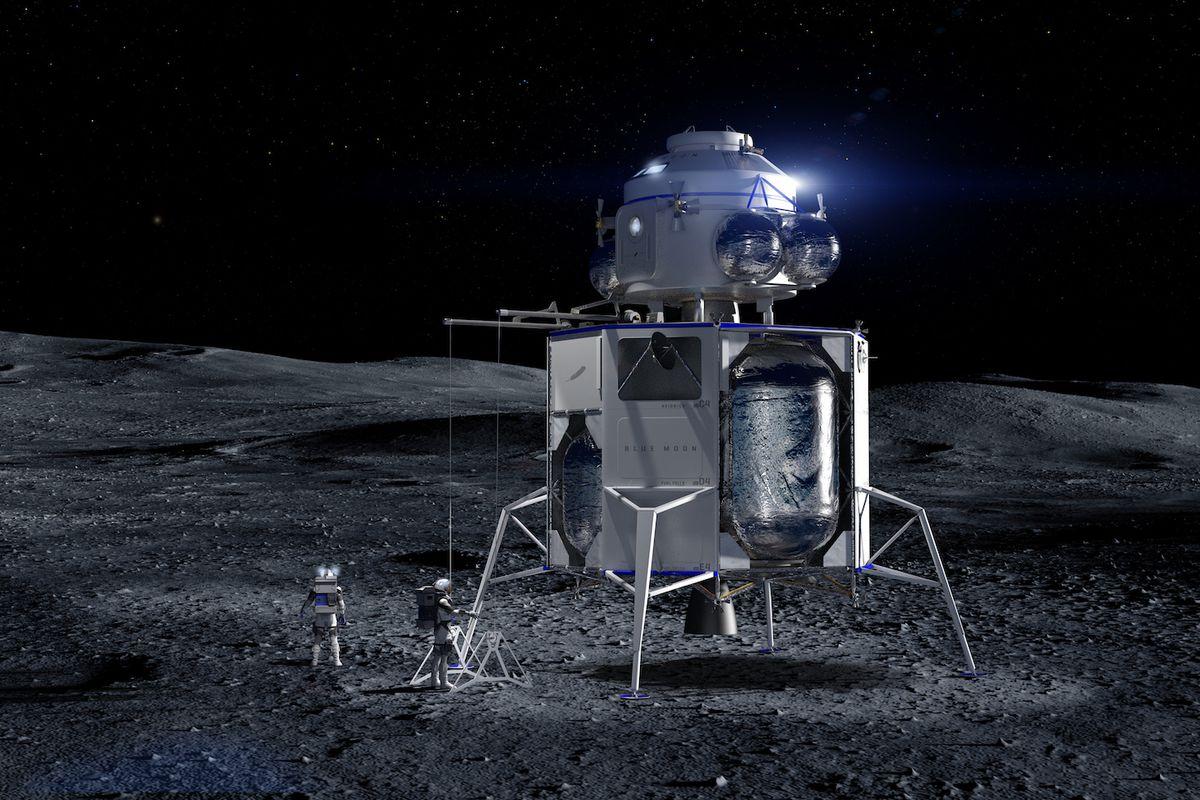 380e2e7bb Jeff Bezos unveils mock-up of Blue Origin's lunar lander Blue Moon ...