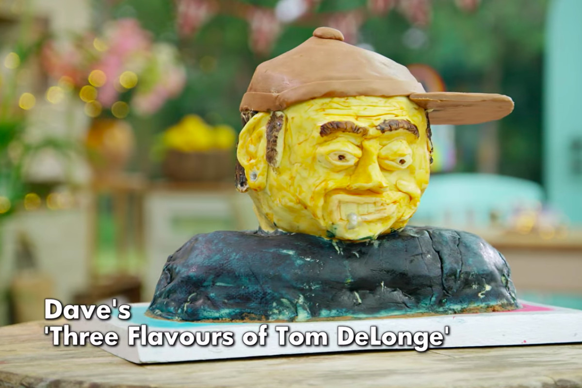The Great British Baking Show Collection 8: An awful Tom Delonge cake