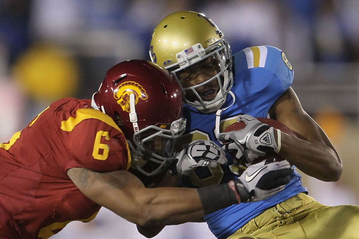 UCLA Vs. USC  Bruins Go All-White Uniforms For The Wrong Game ... 209c24ba9