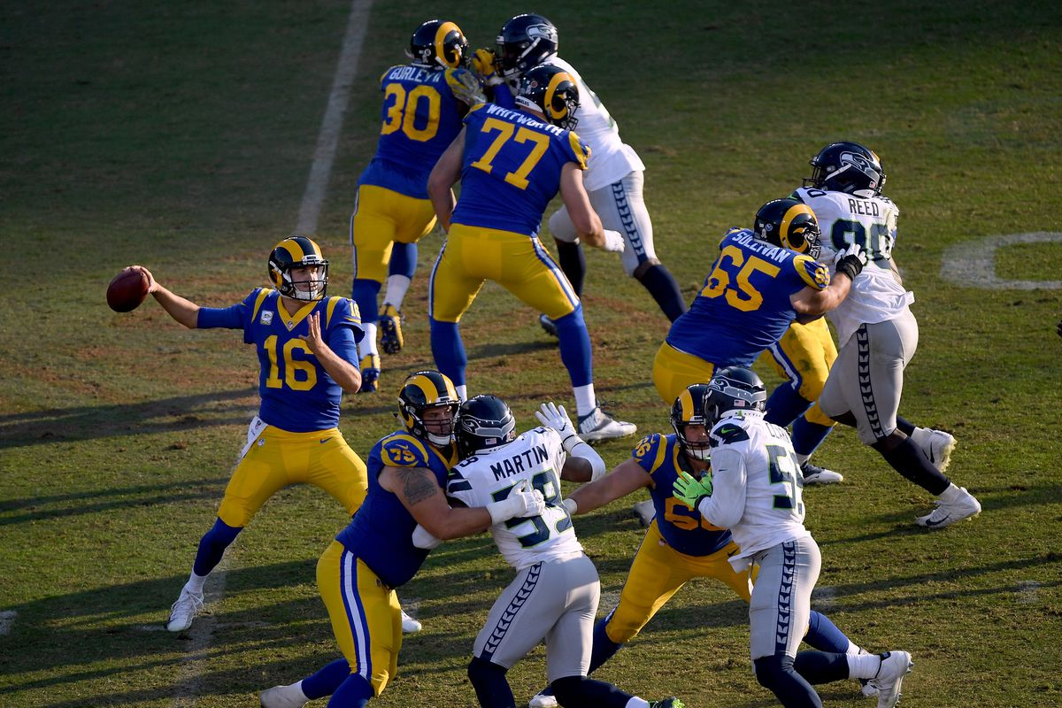 Los Angeles Rams QB Jared Goff throws a pass against the Seattle Seahawks in Week 10, Nov. 11, 2018.
