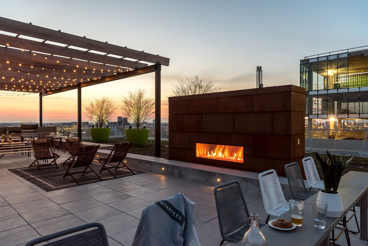 Shared rooftop lounge in Quarters' Chicago location