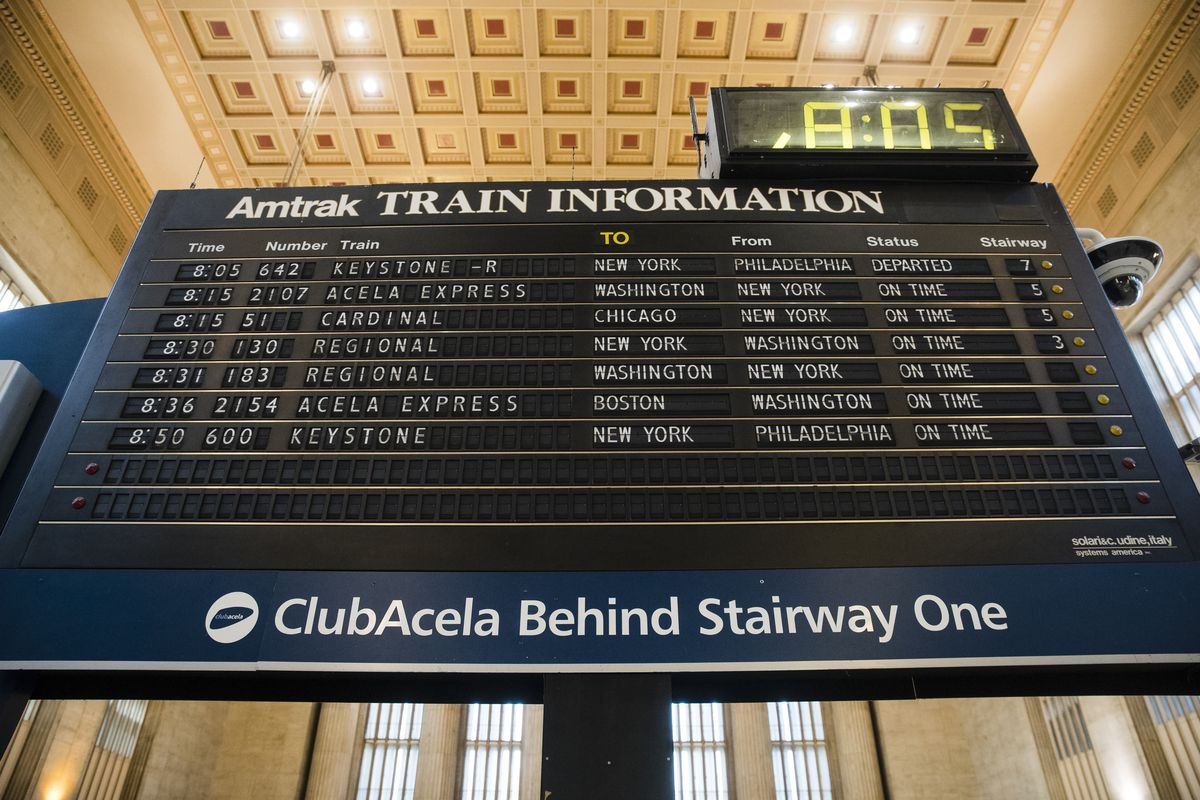 183 passengers were stuck on an Amtrak train for 24 hours