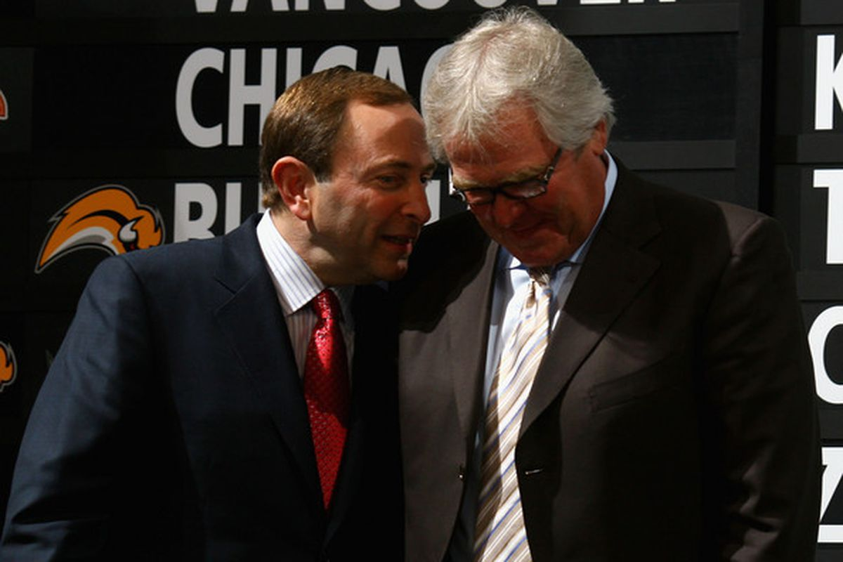 """via <a href=""""http://www1.pictures.gi.zimbio.com/2008+NHL+Entry+Draft+Round+One+VGiilRlnjx0l.jpg"""">www1.pictures.gi.zimbio.com</a> - The Commish offers his take: """"I don't think Redden will get you a top-ten pick, Glen."""""""