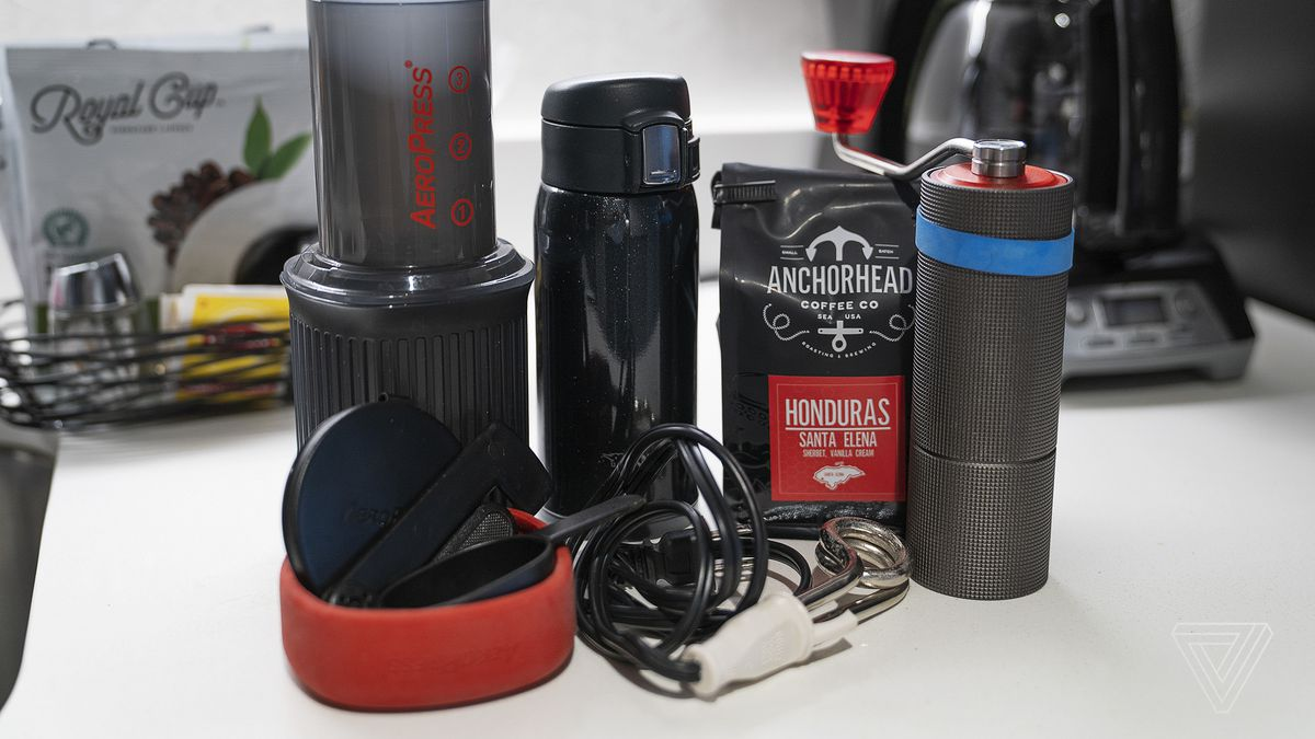 A great travel coffee kit