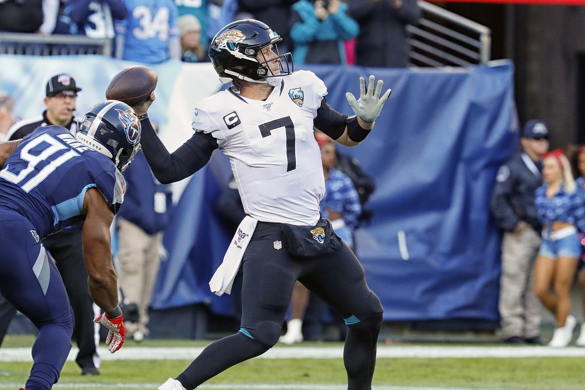 The Bears's trade for Jaguars quarterback Nick Foles is officially on the books.