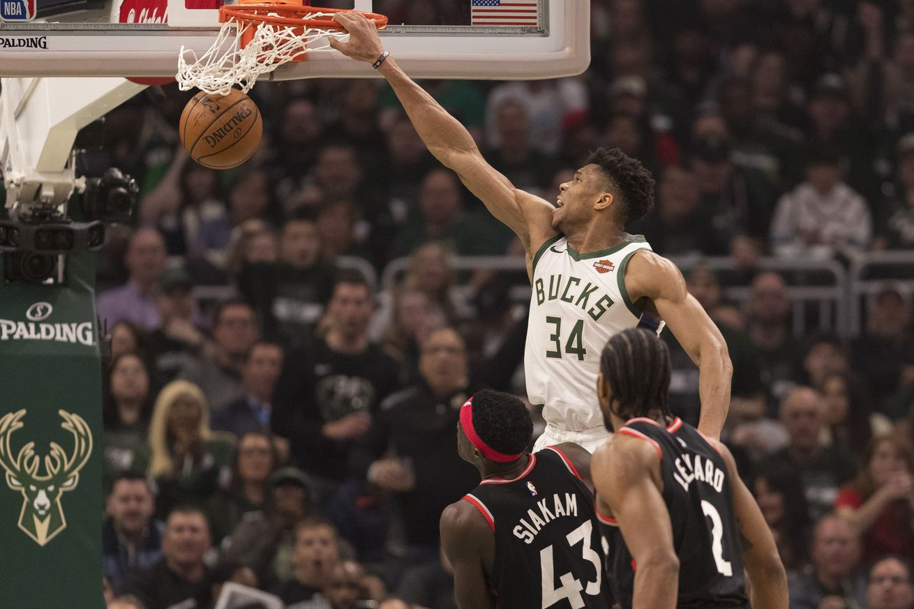 Milwaukee vs. Toronto: Bucks Steamroll Raptors, 125-103
