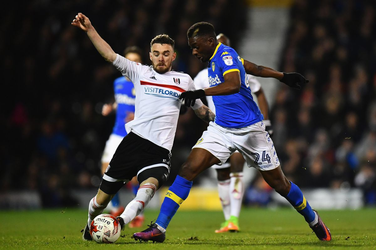 Lucas Piazon: Fulham's on-loan midfielder breaks leg in draw at Leeds